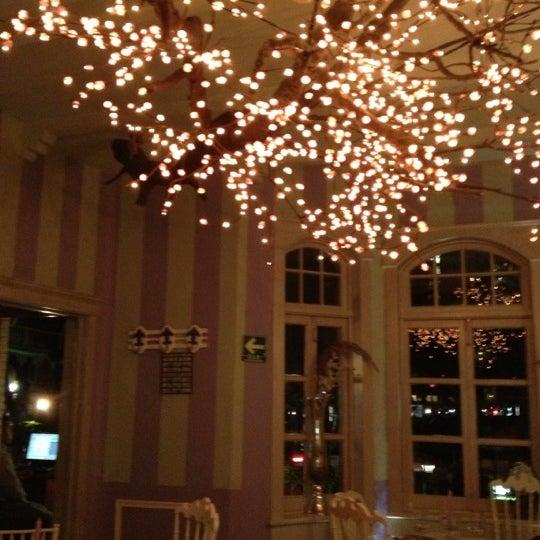 Das Foto wurde bei Sabor Amor von Carla G. am 10/12/2012 aufgenommen