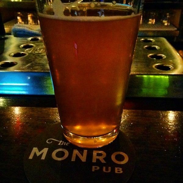 4/8/2015에 Jason D.님이 The Monro Pub에서 찍은 사진