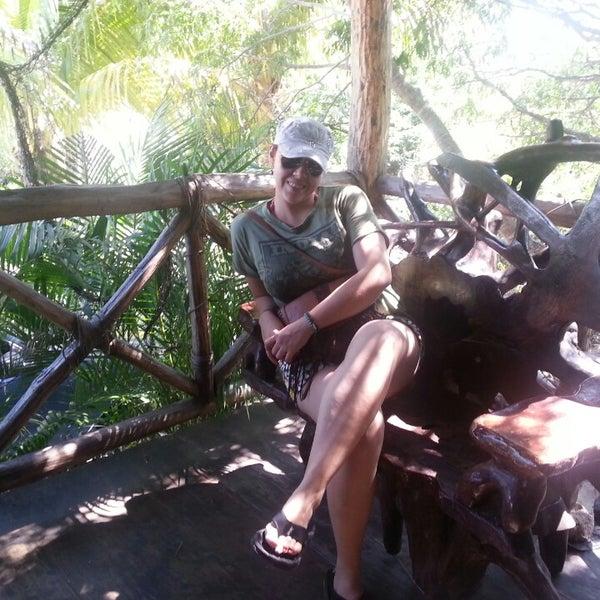 Foto tomada en Cenotes LabnaHa por Coco Z. el 10/11/2013