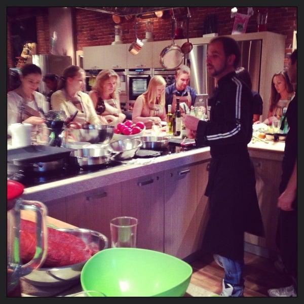 รูปภาพถ่ายที่ Culinaryon โดย Vera เมื่อ 6/21/2013