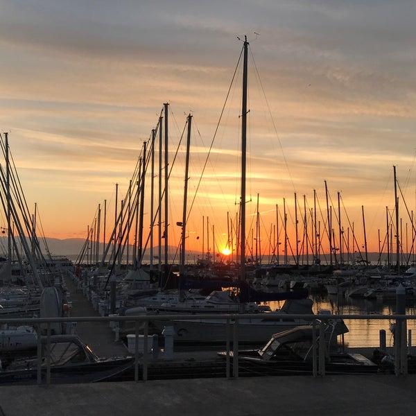 Photo prise au Seattle Sailing Club par Marta S. le7/1/2017