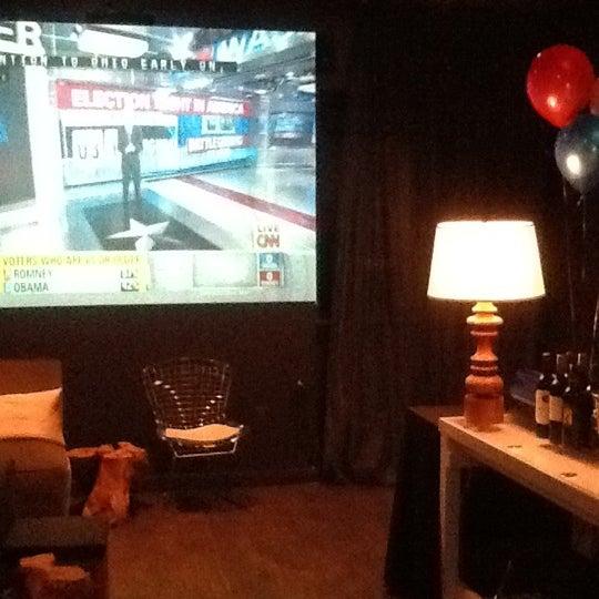 Das Foto wurde bei Vodou Bar von L. Joy W. am 11/6/2012 aufgenommen