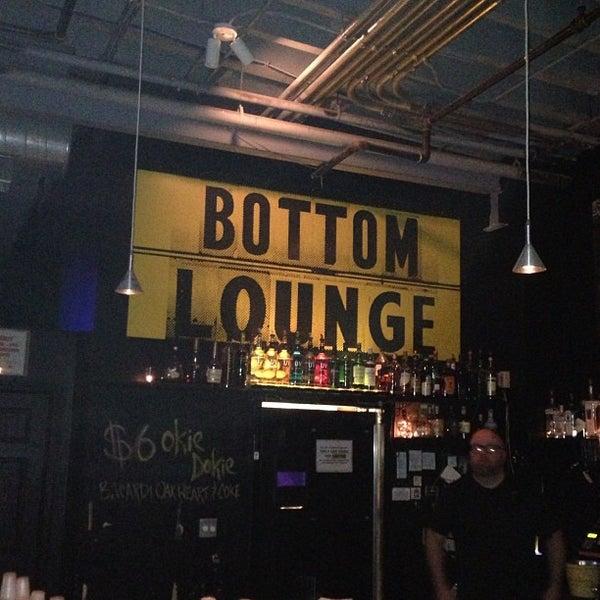 Photo prise au Bottom Lounge par Kevin le10/14/2012