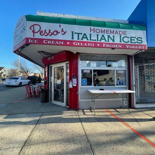 Photo prise au Pesso's Ices & Ice Cream par E.T. C. le3/20/2021