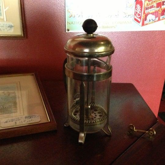 10/17/2012에 Eric Thomas C.님이 Silverbird Espresso에서 찍은 사진