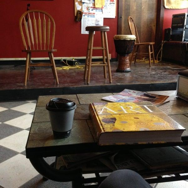 1/21/2013에 Eric Thomas C.님이 Silverbird Espresso에서 찍은 사진