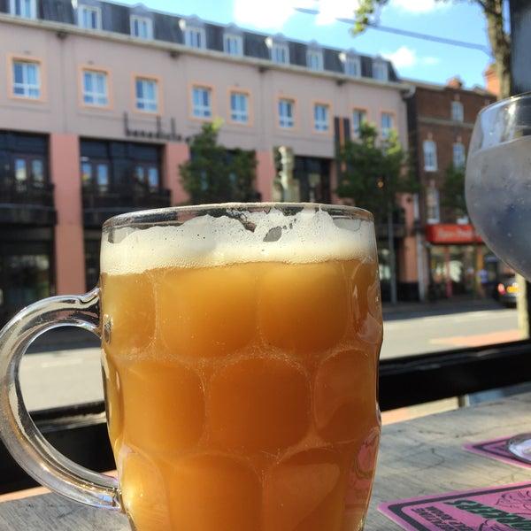 ★★★★½ Une belle selection de bières