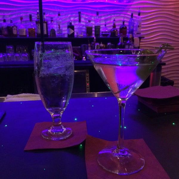11/23/2015 tarihinde Earl B.ziyaretçi tarafından Corked Bar, Grill, Nightclub'de çekilen fotoğraf