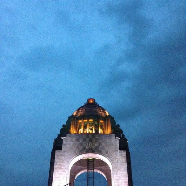 Foto tomada en Monumento a la Revolución Mexicana por Danaé Á. el 6/23/2013
