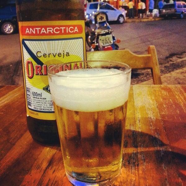 Foto tomada en Eskina Bar e Restaurante por Rubens G. el 11/11/2012