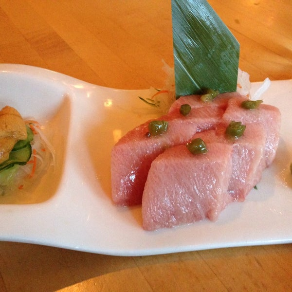 "Sit at the sushi bar and ask the chefs that you want ""Tokyo"" style.  Seriously.  Just do it.  Look at the photo..  so good!"