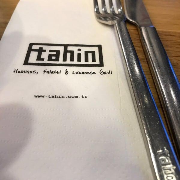 รูปภาพถ่ายที่ Tahin โดย Hilal Ö. เมื่อ 4/6/2018