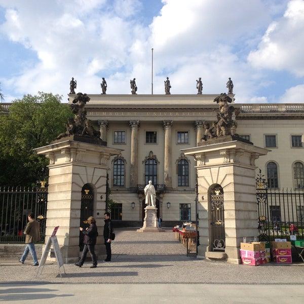 4/29/2013에 Maria S.님이 Humboldt-Universität zu Berlin에서 찍은 사진