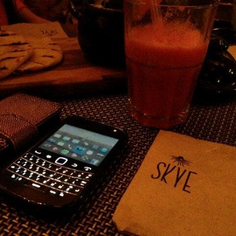 รูปภาพถ่ายที่ SKYE โดย Ening c. เมื่อ 11/10/2012