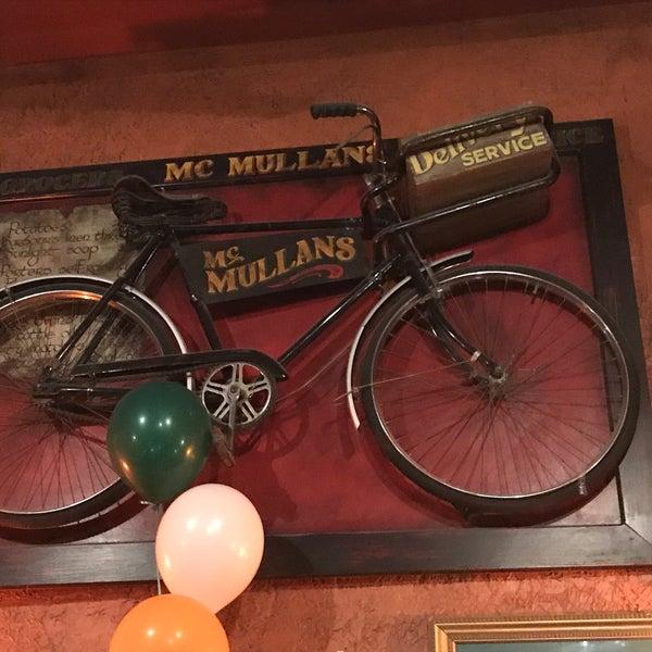 Foto scattata a McMullan's Irish Pub da Mauricio G. il 3/4/2018