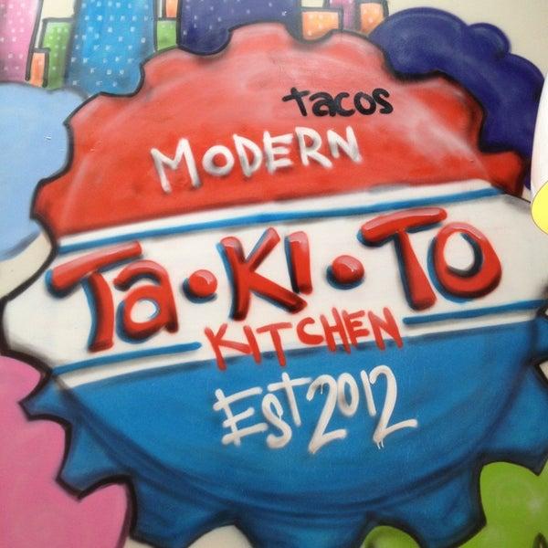 9/17/2013 tarihinde Juan J.ziyaretçi tarafından Takito Kitchen'de çekilen fotoğraf