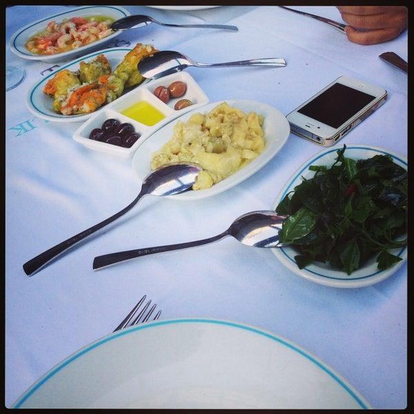 6/20/2013에 Burcu O.님이 Cunda Balık Restaurant에서 찍은 사진