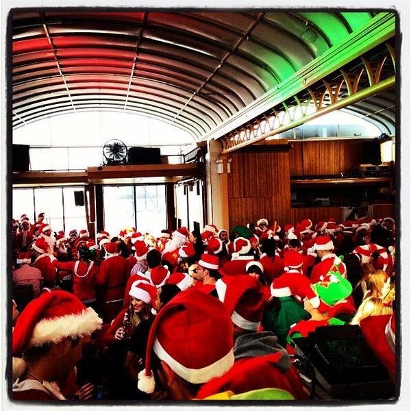 Foto tirada no(a) Hudson Terrace por Alex S. em 12/15/2012
