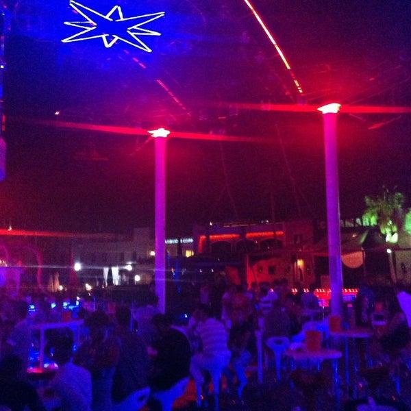 Снимок сделан в Club Catamaran пользователем Gökay K. 8/23/2013