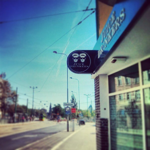 รูปภาพถ่ายที่ Juice Drinkers โดย Stacja P. เมื่อ 8/17/2013