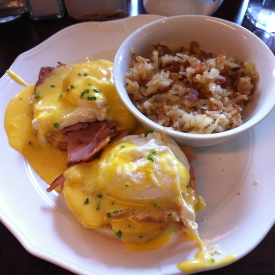Eggs Benedict is amazing!