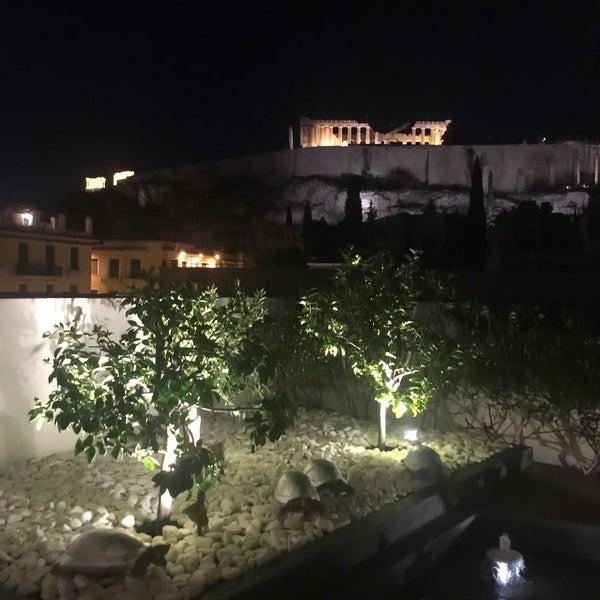 Foto scattata a Herodion Hotel da Evi G. il 8/15/2016