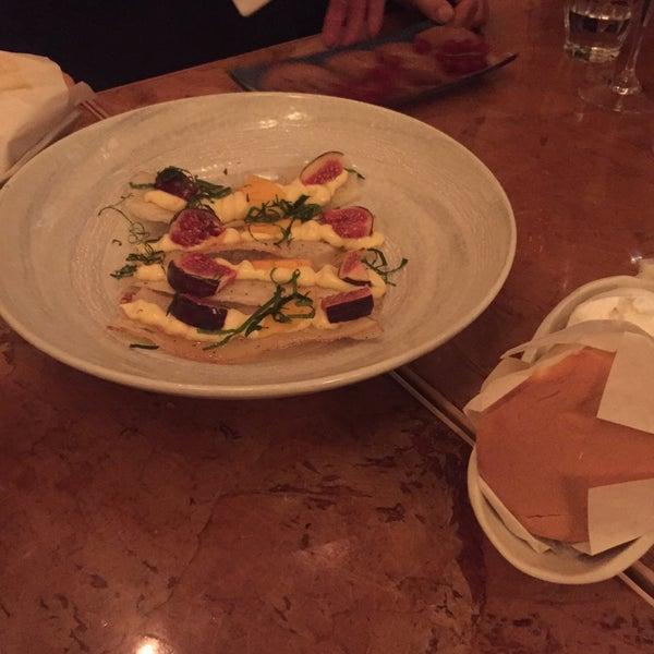 Das Foto wurde bei Mochi Restaurant von Merel K. am 11/19/2015 aufgenommen