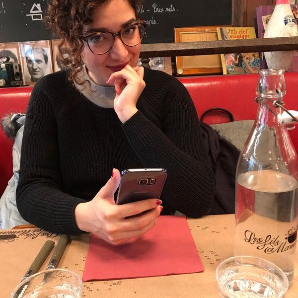 Foto diambil di Les Fils à Maman oleh Ario J. pada 2/7/2018