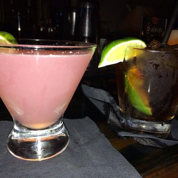 3/21/2014에 Crystal S.님이 Salvage Bar & Lounge에서 찍은 사진