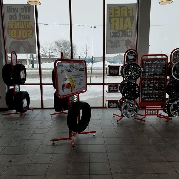 Discount Tire Pocatello >> Discount Tire 4205 Yellowstone Ave