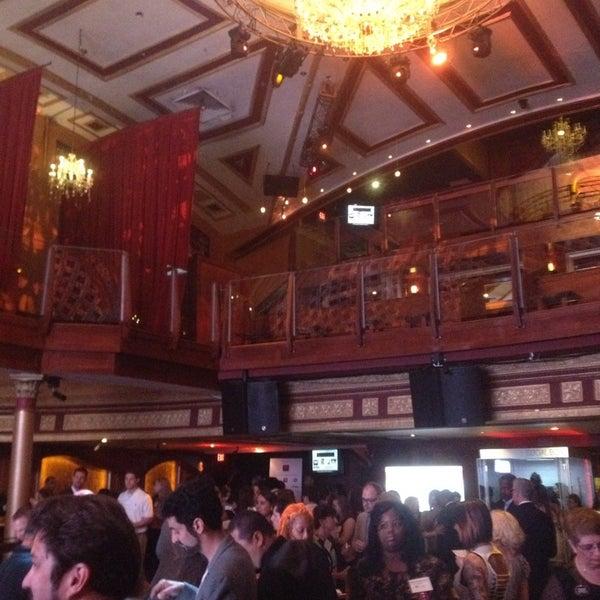 Photo prise au Opera Nightclub par Shannon S. le7/11/2013