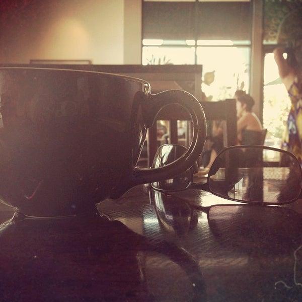 Снимок сделан в Sunrise Coffee пользователем George W. 6/30/2013