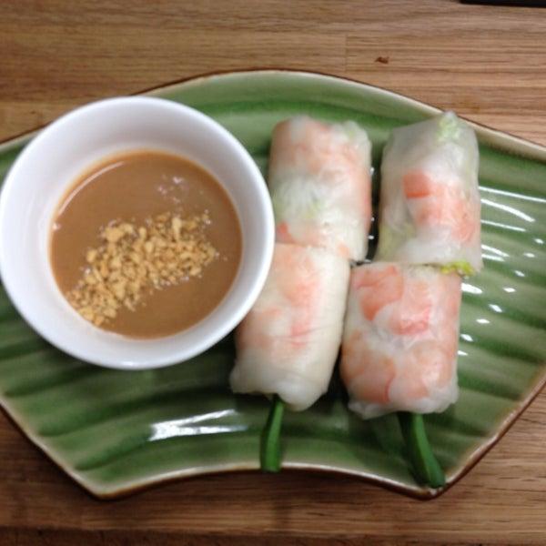 Das Foto wurde bei Falansai Vietnamese Kitchen von Falansai Vietnamese Kitchen am 11/15/2013 aufgenommen