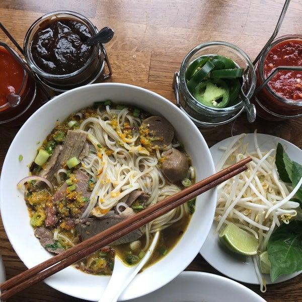 Das Foto wurde bei Falansai Vietnamese Kitchen von Falansai Vietnamese Kitchen am 5/9/2018 aufgenommen