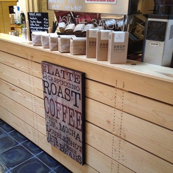 Foto tirada no(a) Viggo's Specialty Coffee por Phetje D. em 10/6/2013