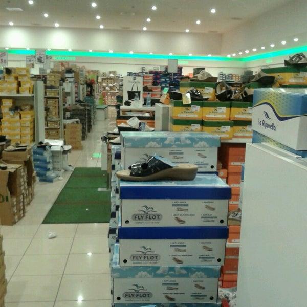 competitive price 92b52 a553e Photos at Globo Calzature - Via Predda Niedda