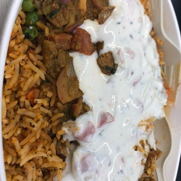 รูปภาพถ่ายที่ Deep Indian Kitchen โดย Wandaly G. เมื่อ 7/12/2019