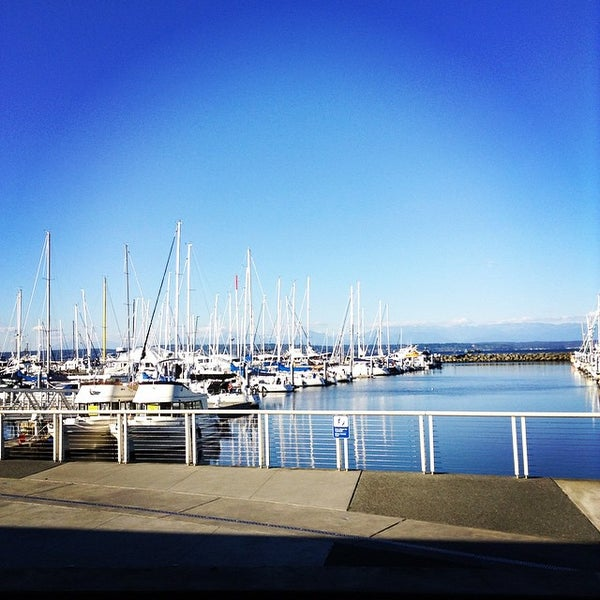 Photo prise au Seattle Sailing Club par Jennie C. le11/11/2014