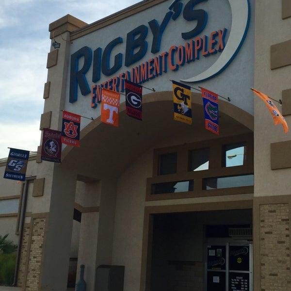Das Foto wurde bei Rigby's Entertainment Complex von Rigby's Entertainment Complex am 1/17/2016 aufgenommen