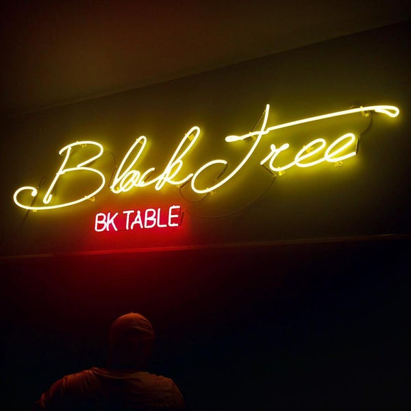 Das Foto wurde bei Black Tree von Gotham Cookies am 9/22/2015 aufgenommen