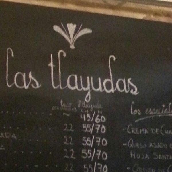 Das Foto wurde bei Las Tlayudas - Comida Casual Oaxaqueña von Lissette M. am 6/22/2013 aufgenommen