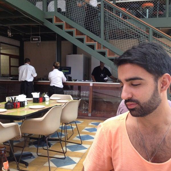 Foto scattata a Belo Comidaria da Filipe A. il 5/4/2013
