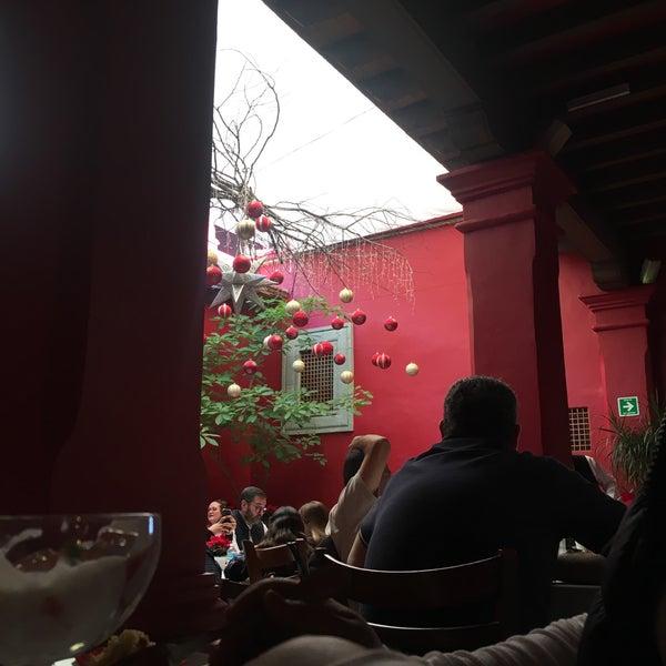 Foto tomada en Catedral Restaurante & Bar por Tere L. el 12/20/2018