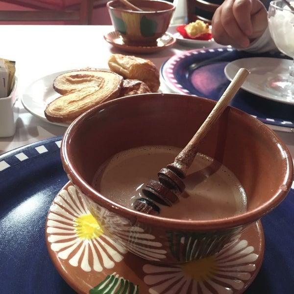 Muy bueno!!! El chocolate delicioso!