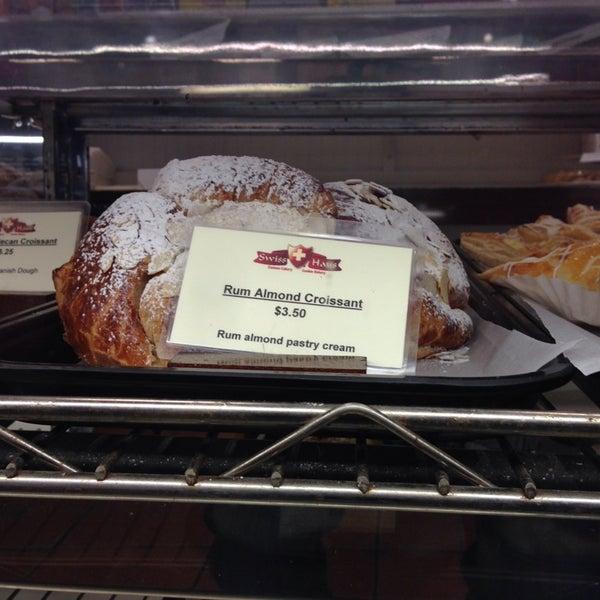 Foto diambil di Swiss Haus Bakery oleh Jeremy J. pada 12/21/2013