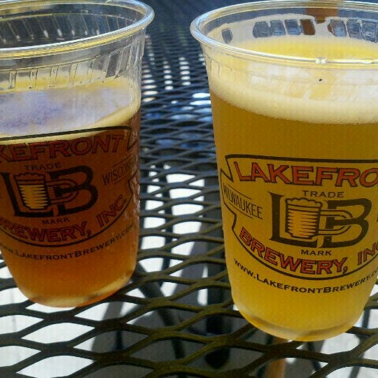 Photo prise au Lakefront Brewery par Becki B. le9/10/2011