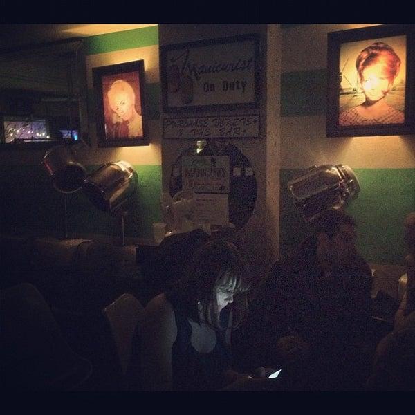 Foto diambil di Beauty Bar oleh Heather T. pada 3/4/2012