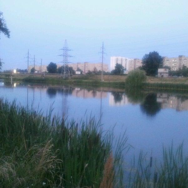 รูปภาพถ่ายที่ Троєщинський канал โดย Димон R. เมื่อ 6/24/2013