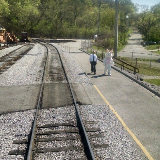 Photos at Tennessee Valley Railroad Turntable - Amnicola