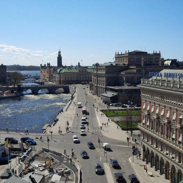 Foto tirada no(a) Grand Hôtel Stockholm por Andrey B. em 5/7/2013